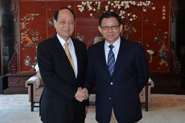 海协会陈德铭会长于10月25日在扬州会见来访的台湾海基会林中森董事长一行